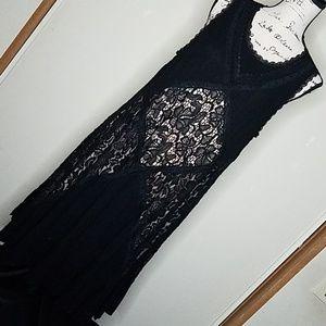 Torrid size 00, lace and black sundress